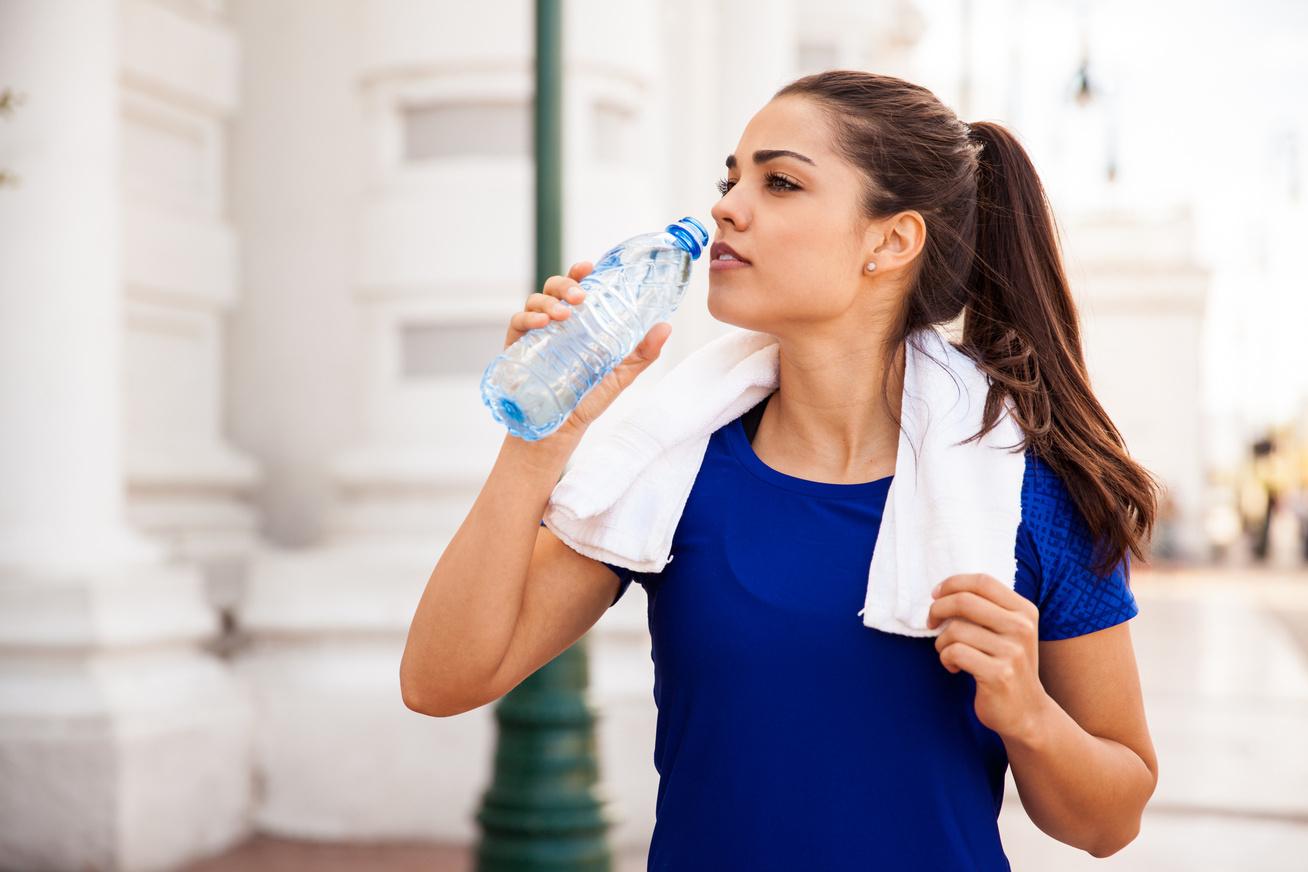 a fogyás segít a pattanásokban a testzsír egyenletesen ég-e