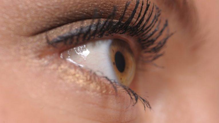 sötét szem karikák fogyás a testsúlycsökkenés egészséges százaléka