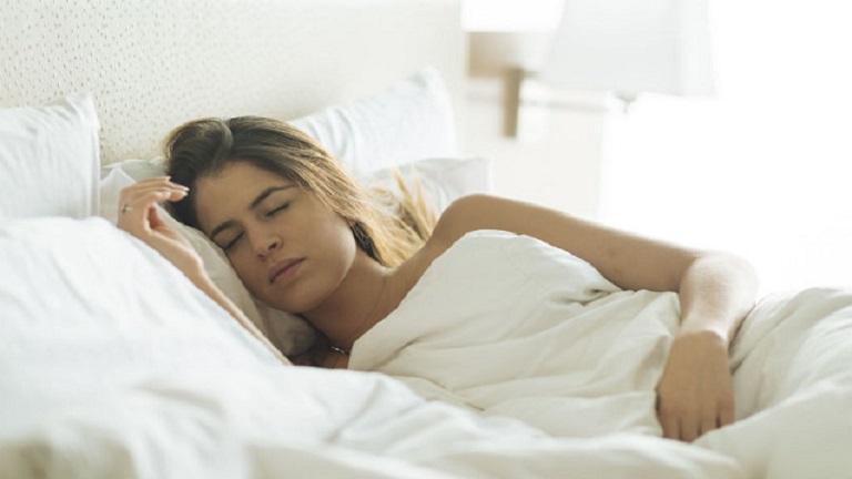 Hogyan lehet lefogyni alvás közben